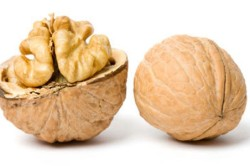 Орехи - причина аллергии