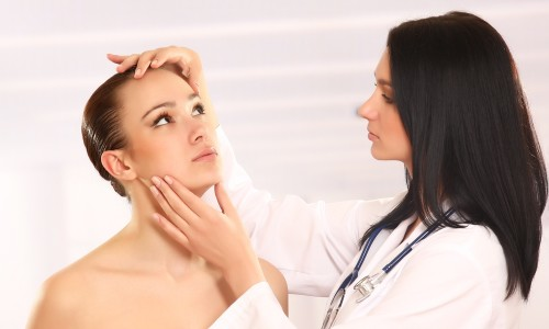 Консультация дерматолога при аллергии на краску для волос