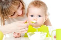 Правильное питание ребенка для предупреждения аллергии на шее