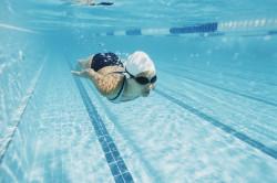 Купание в бассейне - причина аллергической реакции
