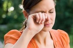 Зуд в глазах при аллергии