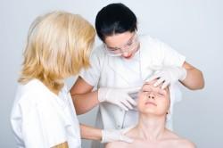 Консультация дерматолога для лечения экземы