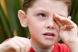 Слезотечение - симптом аллергии