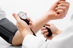 Повышение давления - симптом аллергии на алкоголь
