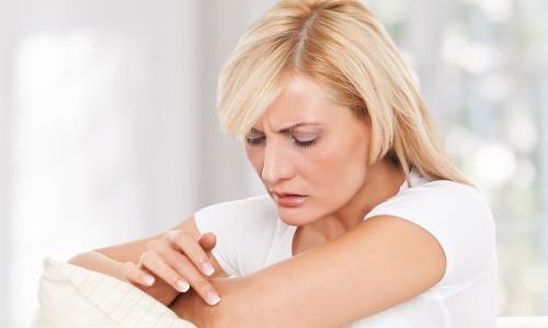 аллергия на косметику на глазах симптомы